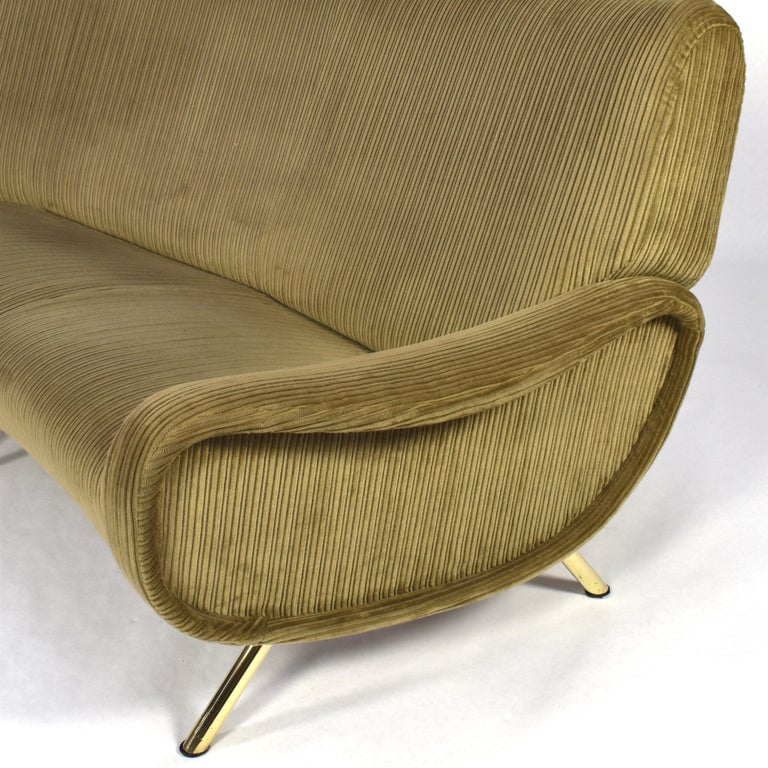 Marco Zanuso Curved 'Lady' Sofa by Arflex, Italy, 1951 For Sale 1