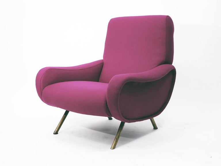 Original Lady armchair designed by Marco Zanuso. Manufactured by Artiflex, newly re-upholstered in Knoll fabric.