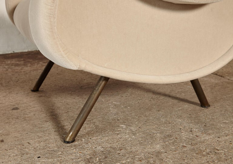 Marco Zanuso Senior Chairs, Mohair Velvet, Arflex, Italy, 1960s 8
