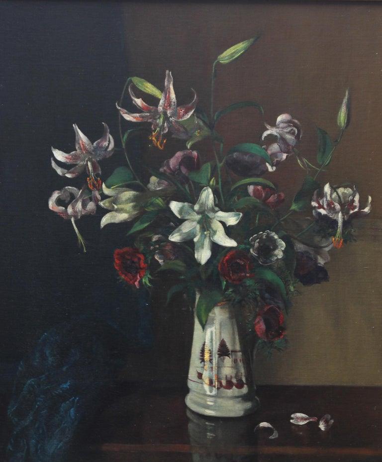 Floral Arrangement - British art 1920's oil painting still life lilies flowers For Sale 4