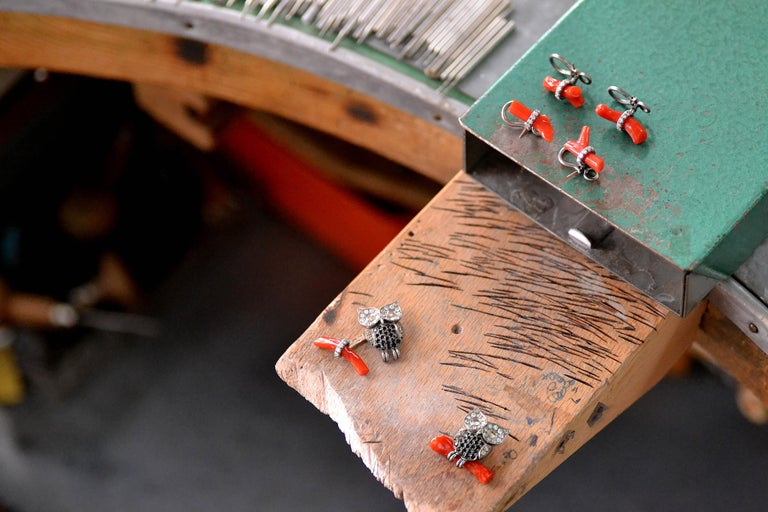 Titanium Gold Diamond Brown D. Black Spinel Rubrum Coral Studs and Cufflinks For Sale 3