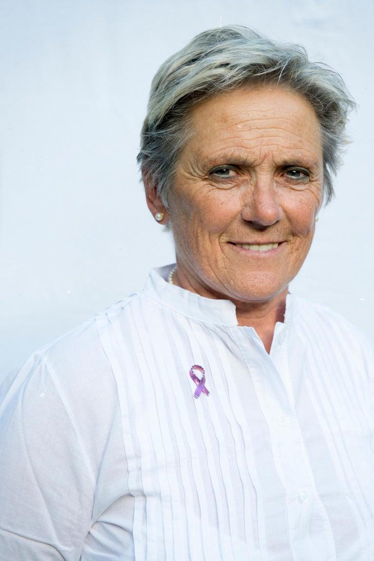 A special project to benefit  the research:  Ribbon for Hope firmato Margherita Burgener, realizzato a mano nel laboratorio orafo di Valenza per sostenere la ricerca contro le malattie oncologiche.  Ribbon for Hope è un messaggio di speranza che