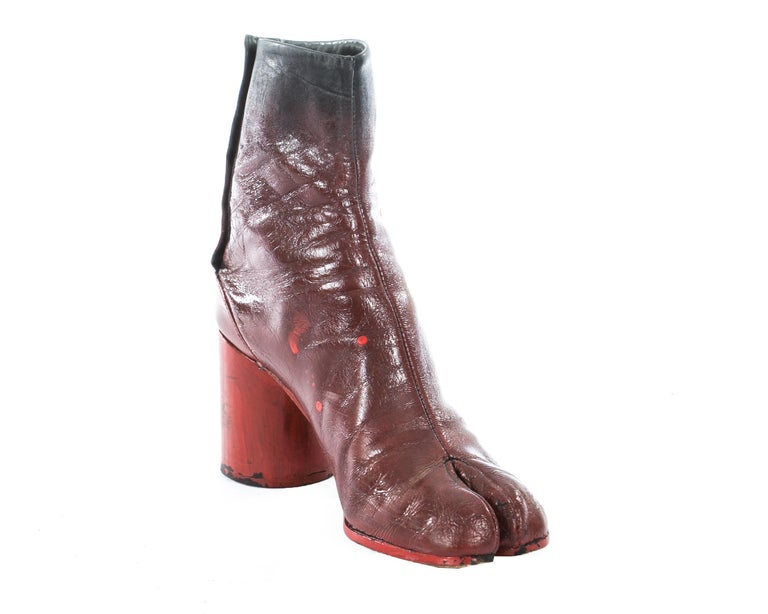 Black Margiela red leather painted tabi boots, fw 1995 For Sale
