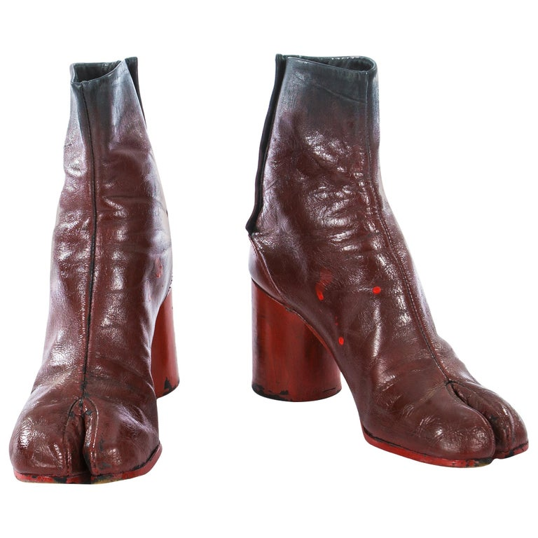 Margiela red leather painted tabi boots, fw 1995 For Sale