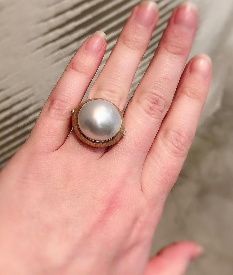 Margot McKinney 18K Brushed Finish Gold Ring with South Sea Pearl and Diamonds For Sale 2