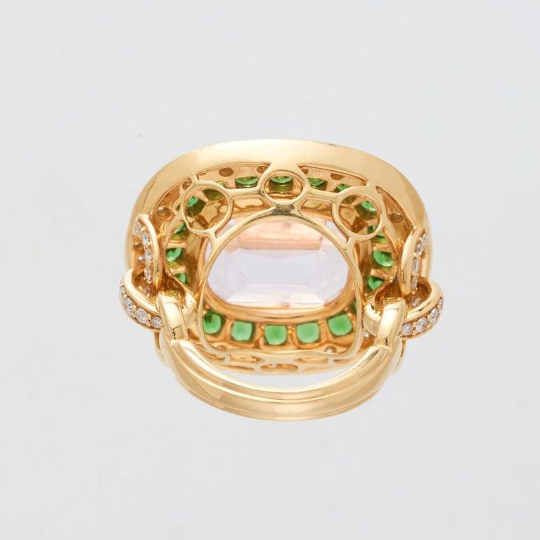Women's Margot McKinney 18K Gold Ring 1 Pink 23.43Ct Kunzite, Tsavorites, White Diamonds For Sale