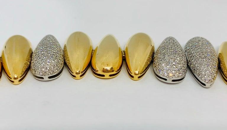 Women's Margot McKinney 18k White/Rose Gold Bracelet, Tear Drop Gold and Diamond Links For Sale