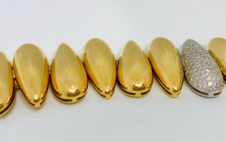Margot McKinney 18k White/Rose Gold Bracelet, Tear Drop Gold and Diamond Links For Sale 1