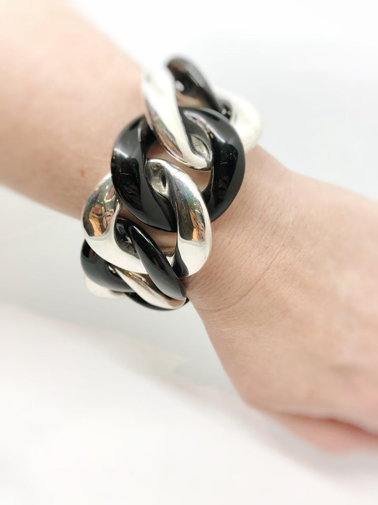 Margot McKinney Black Jade and Sterling Silver Link Bracelet, clasp set with 1 Sapphire 0.50ct.  Length 22.5 cms.