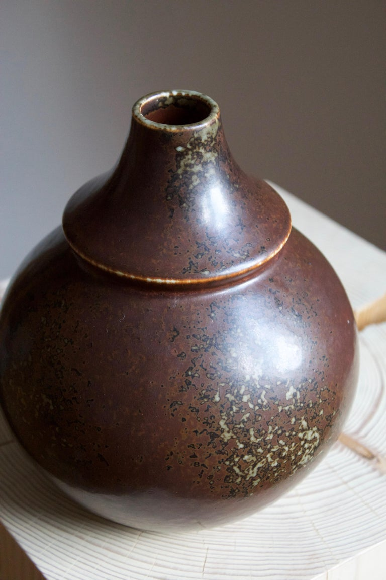 Mid-20th Century Margot Öjemark Wiijk, Freeform Vase, Glazed Stoneware, Rörstrand, Sweden, 1960s For Sale