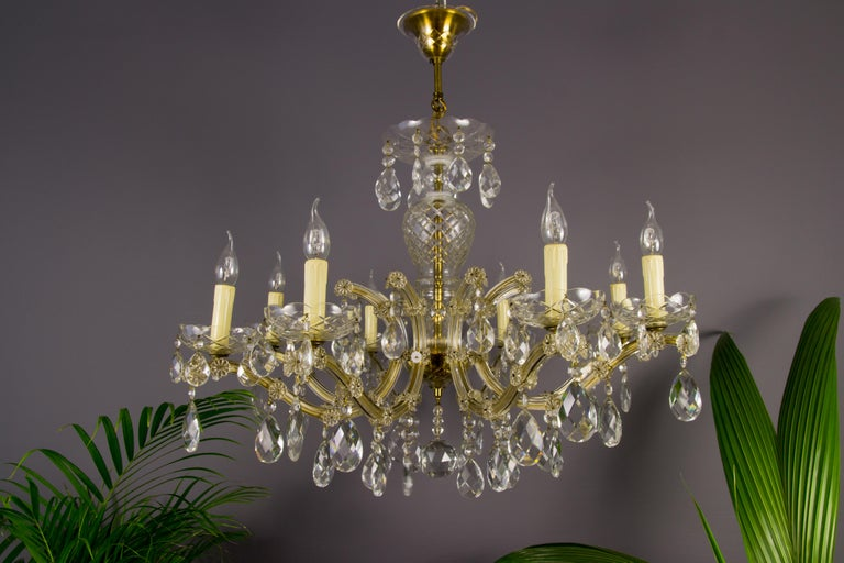 Maria Theresa Style Eight-Light Crystal Chandelier For Sale 1