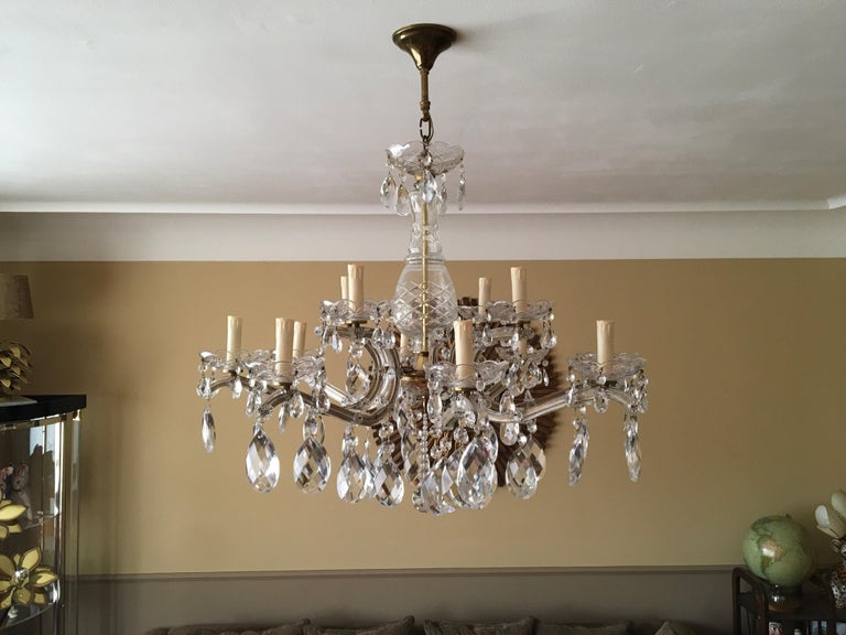 Maria Theresa Style Vintage 12 Lights Crystal Chandelier For Sale 8
