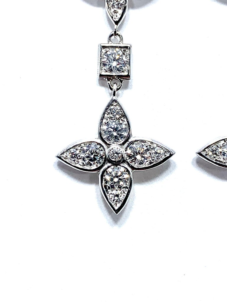 Modern Mariani 1.92 Carat Round Brilliant Diamond and White Gold Dangle Earrings For Sale