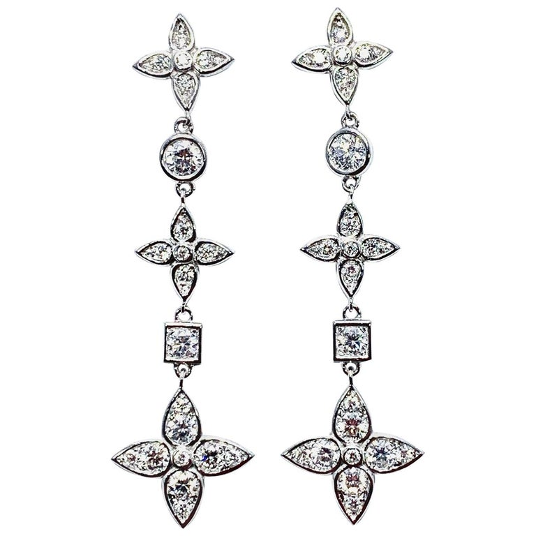 Mariani 1.92 Carat Round Brilliant Diamond and White Gold Dangle Earrings For Sale