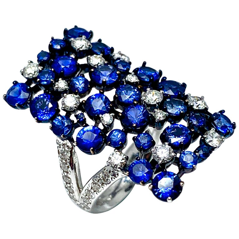 Mariani Manhattan Sapphire and Diamond Ring in 18 Karat Blue and White Gold For Sale