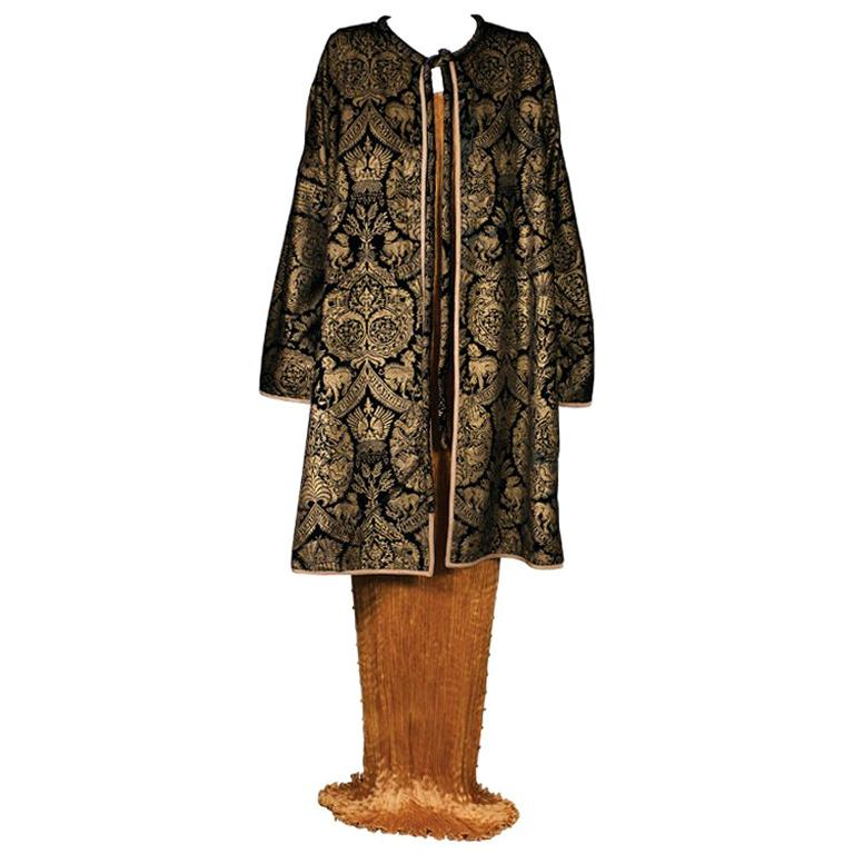 Mariano Fortuny Black  Stencilled Velvet Long Coat For Sale