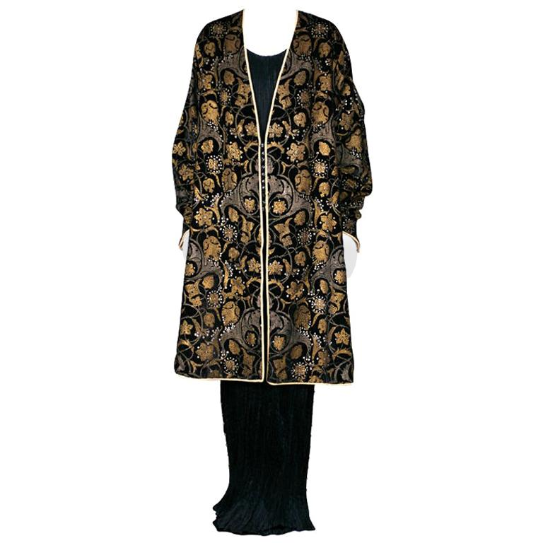 Mariano Fortuny Black Stencilled Velvet Persian Style Coat For Sale