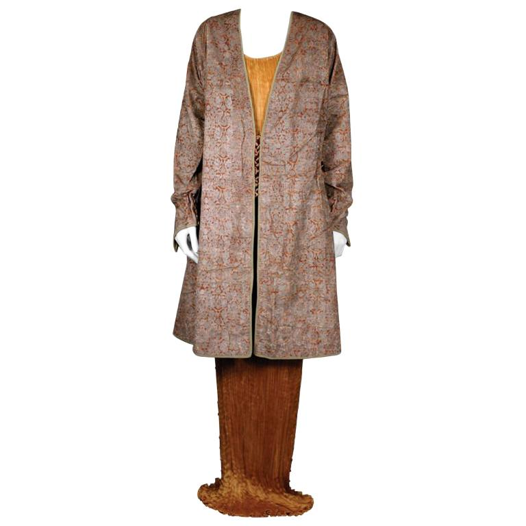 Mariano Fortuny Pink Stencilled Velvet Persian Style Coat For Sale