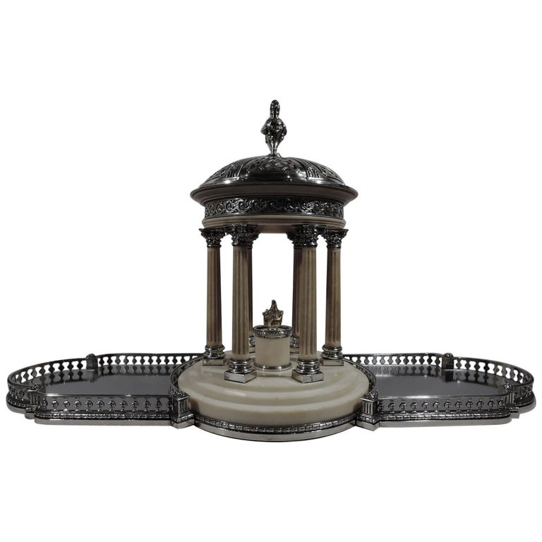 Marie Antoinette's Temple d'Amour Centerpiece with Mirrored Plateau For Sale