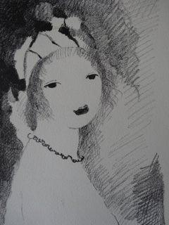 Woman with Necklace - Stone lithograph, 1930 (Catalog raisonne Marchesseau #138)