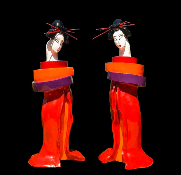 Gueishas - Monumental Contemporary Resin Outdoor Scuptures For Sale 9
