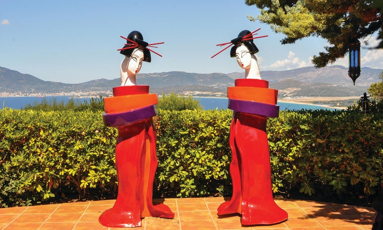 Gueishas - Monumental Contemporary Resin Outdoor Scuptures - Cubist Sculpture by Mariko