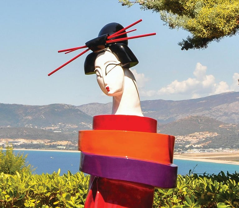 Gueishas - Monumental Contemporary Resin Outdoor Scuptures For Sale 2