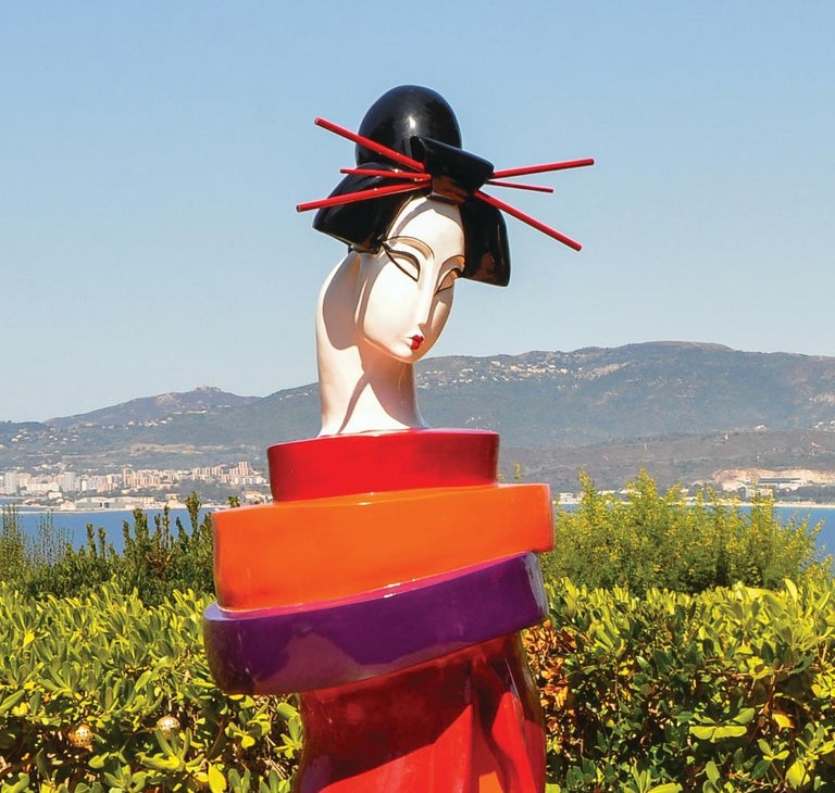 Gueishas - Monumental Contemporary Resin Outdoor Scuptures For Sale 3