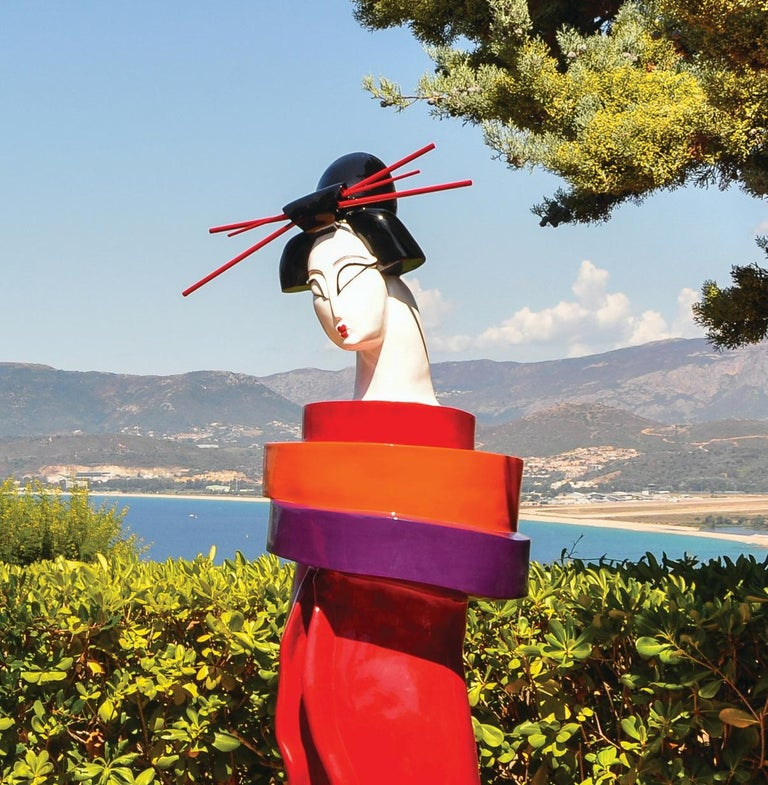 Gueishas - Monumental Contemporary Resin Outdoor Scuptures For Sale 4