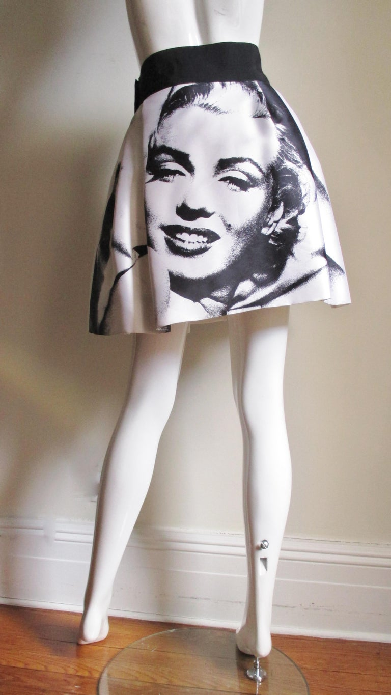 Dolce & Gabbana Marilyn Monroe Print Skirt For Sale 6