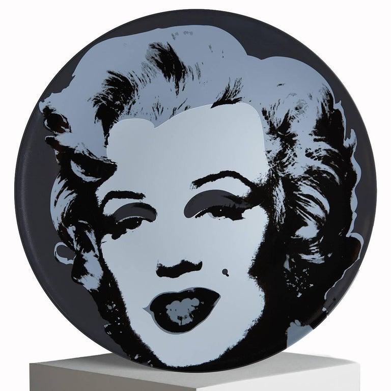(After) Andy Warhol Marilyn plate (Purple, pink, turquoise, black). Set of four porcelain salad or dessert plates. Measures: 8.2