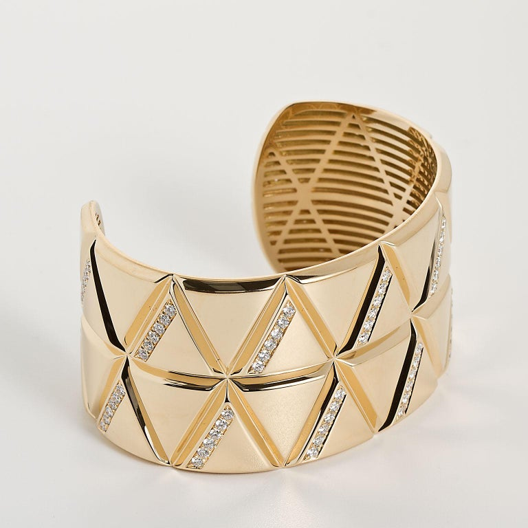 Modern Marina B Gold Diamond Bangle Bracelet  For Sale