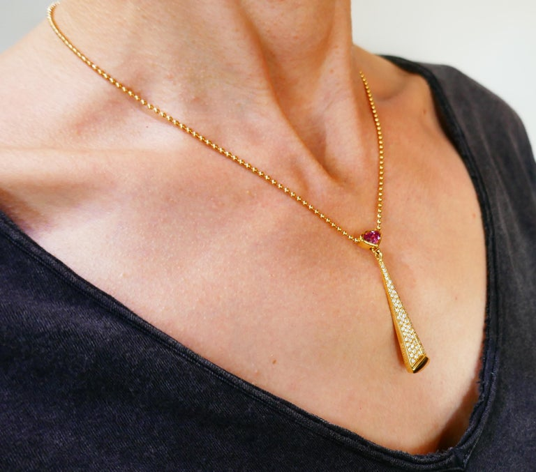 Marina B Yellow Gold Pendant Necklace with Pink Tourmaline and Diamond, 1980s In Excellent Condition For Sale In Beverly Hills, CA