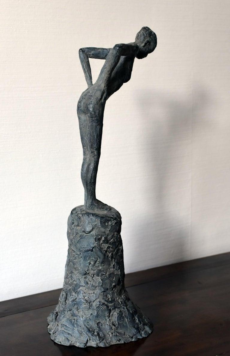 Attitude III, Female Nude Bronze Sculpture - Gold Nude Sculpture by Marine de Soos