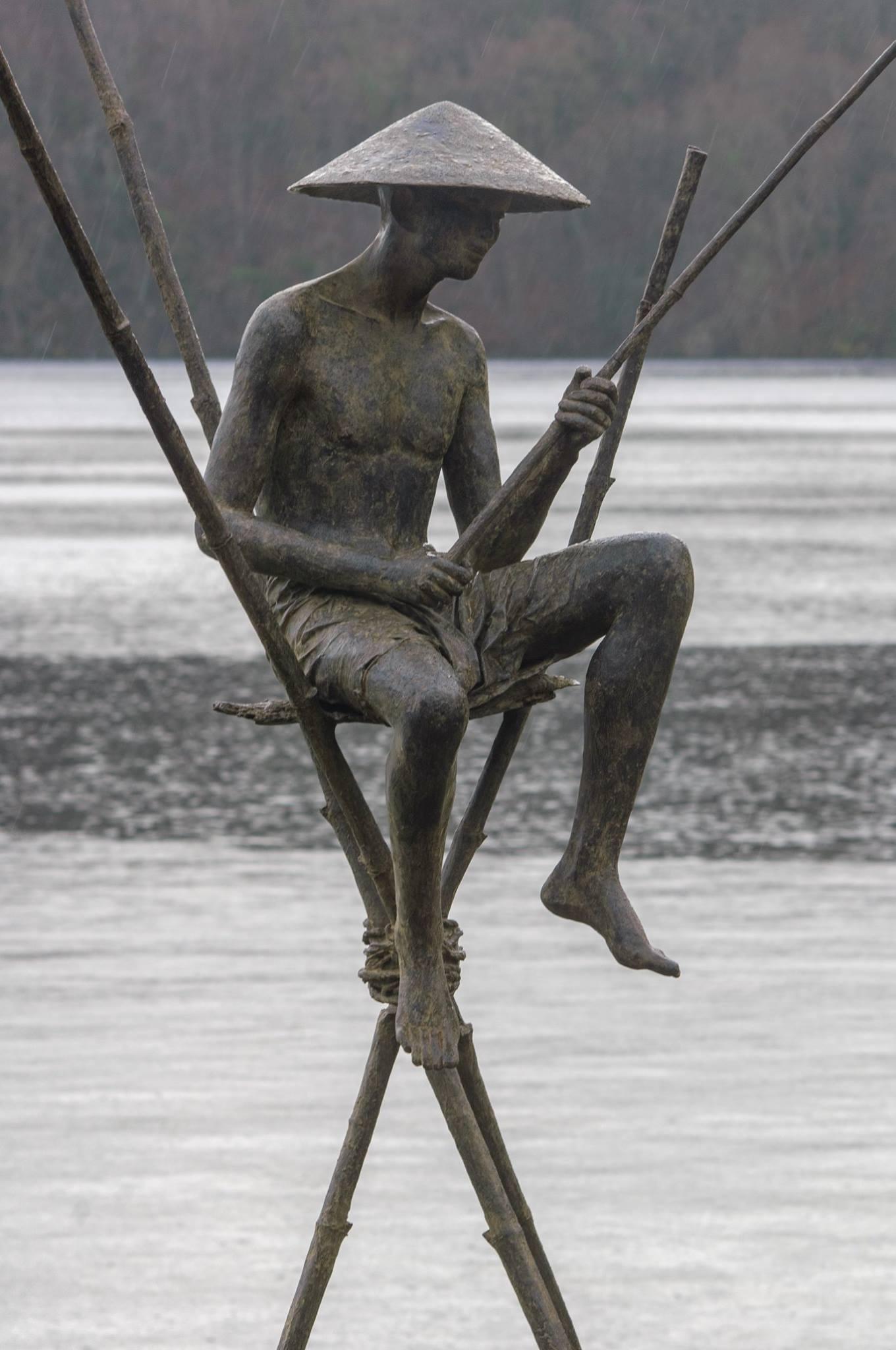 Bajo Fisherman, Large Outdoor Bronze Sculpture