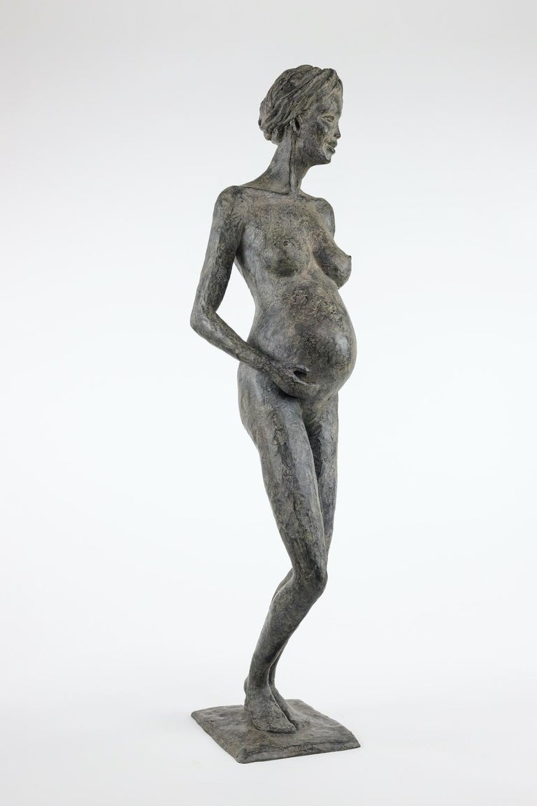 In Majesty by Marine de Soos - Bronze sculpture of a pregnant woman, motherhood For Sale 2