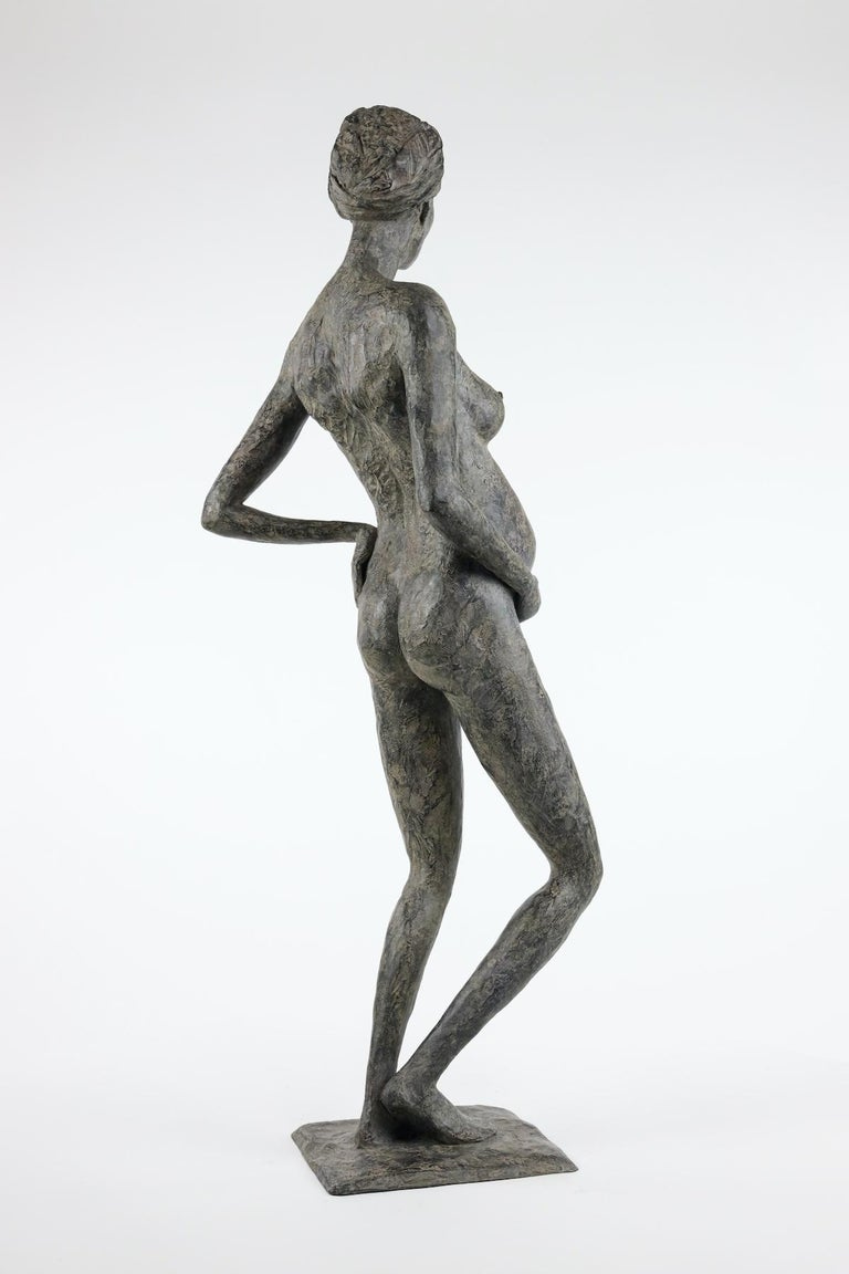 In Majesty by Marine de Soos - Bronze sculpture of a pregnant woman, motherhood For Sale 3