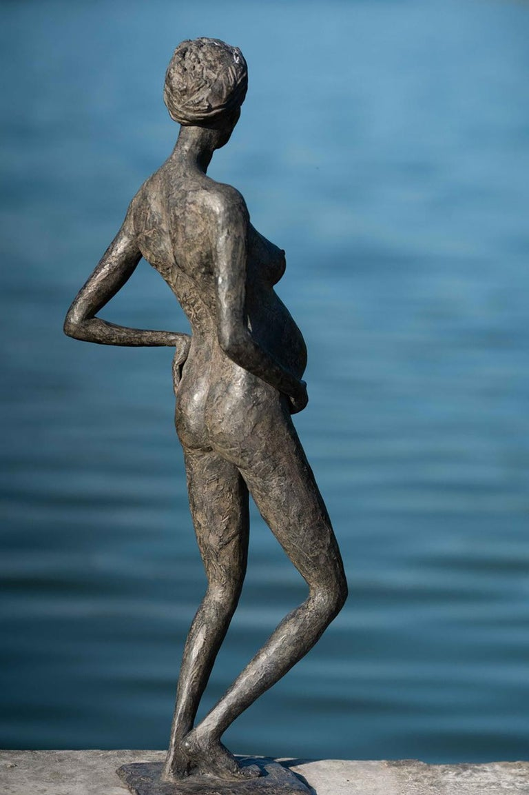 In Majesty by Marine de Soos - Bronze sculpture of a pregnant woman, motherhood For Sale 4