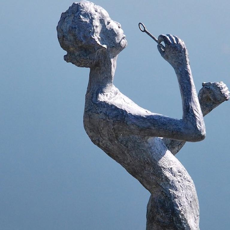 Wandering Light - Sculpture by Marine de Soos