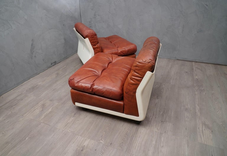 Mario Bellini Amanta C & B Italia Fiberlite and Leather Modular Chairs, 1972 For Sale 1