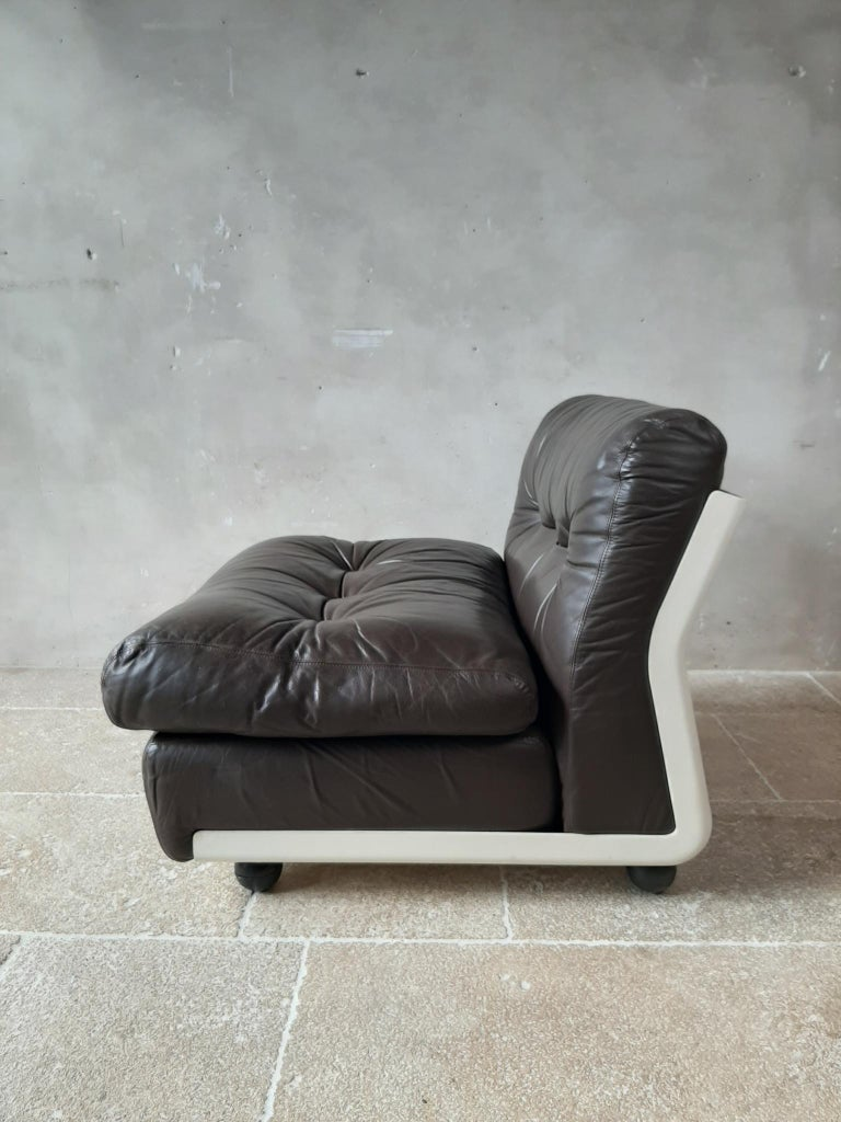 Mid-20th Century Mario Bellini Amanta Modular Sofa in Brown Leather for B&B Italy, 6 Pieces For Sale