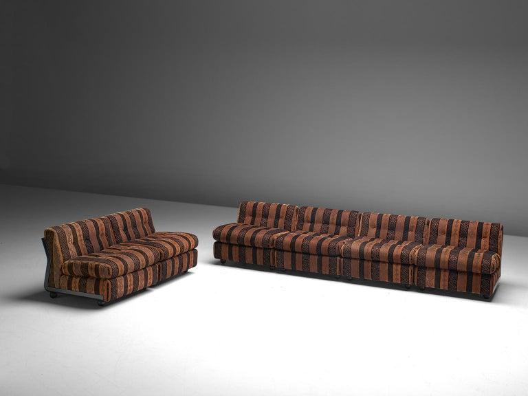 Italian Mario Bellini 'Amanta' Modular Sofa in Original Fabric, 1966 For Sale