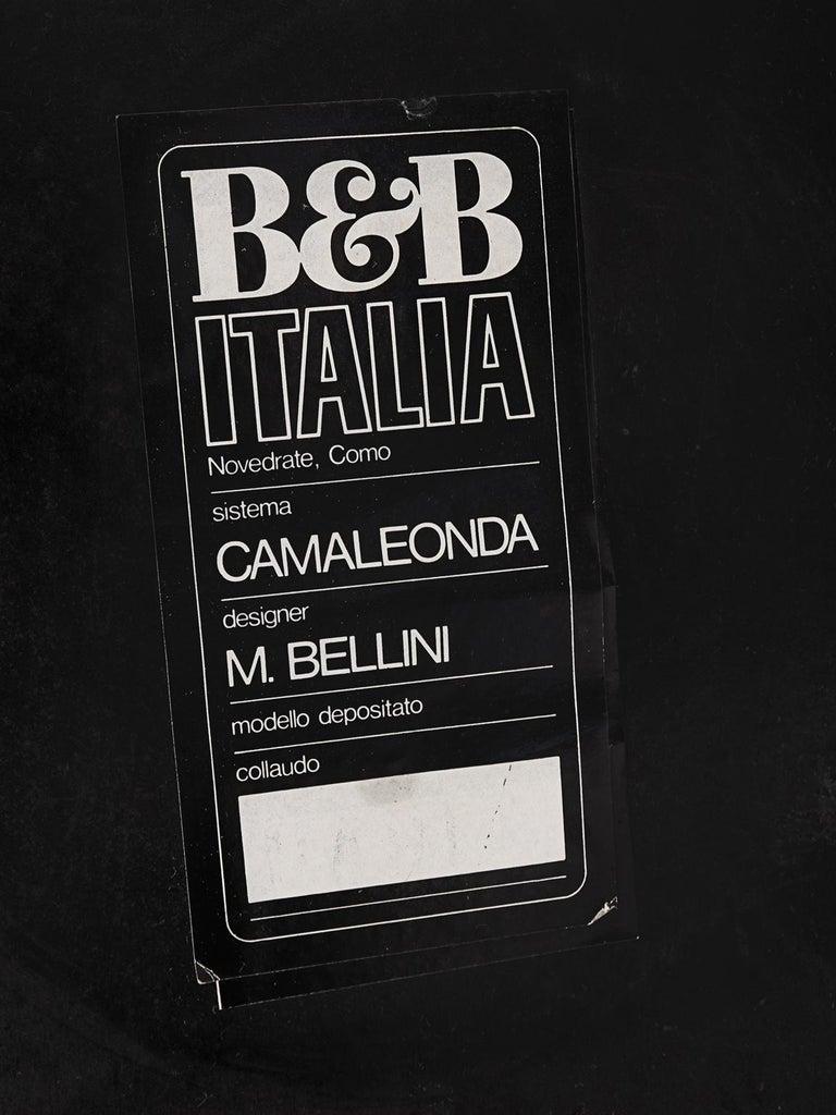 Mario Bellini 'Camaleonda' Modular Sofa Reupholstered in Ivory White Fabric For Sale 4