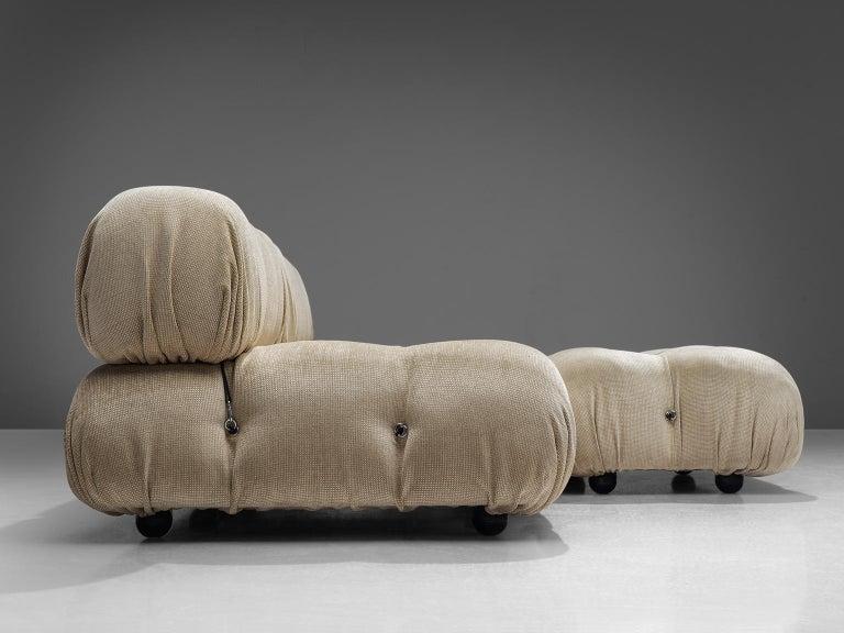 Mario Bellini 'Camaleonda' Modular Sofa Reupholstered in Ivory White Fabric For Sale 1