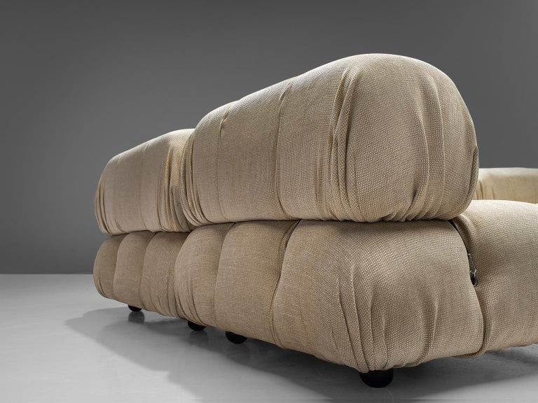 Mario Bellini 'Camaleonda' Modular Sofa Reupholstered in Ivory White Fabric For Sale 2