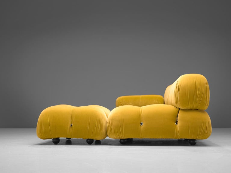 Mid-Century Modern Mario Bellini Camaleonda Modular Sofa Reupholstered in Sunflower Yellow Velvet For Sale