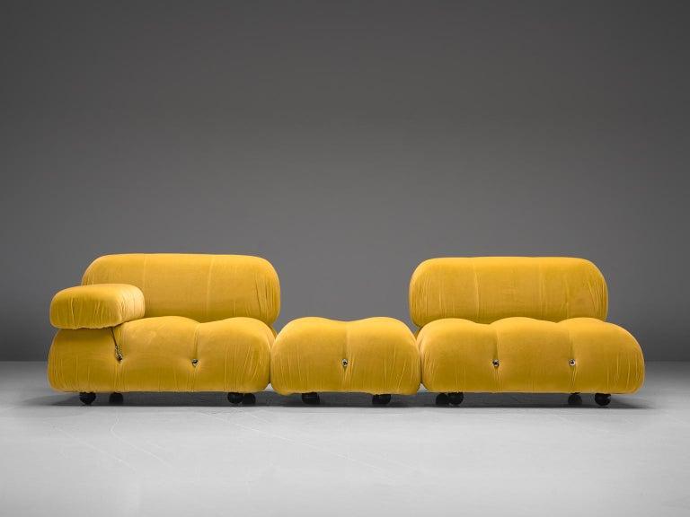 Mario Bellini Camaleonda Modular Sofa Reupholstered in Sunflower Yellow Velvet In Good Condition For Sale In Waalwijk, NL