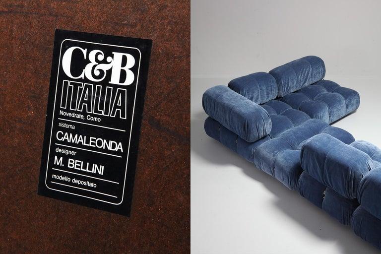 Mario Bellini Camaleonda Sectional Sofa in Blue Velvet For Sale 5