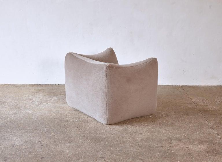 Mario Bellini Le Bambole Lounge Chair, Upholstered in Alpaca, B&B Italia, 1970s For Sale 5