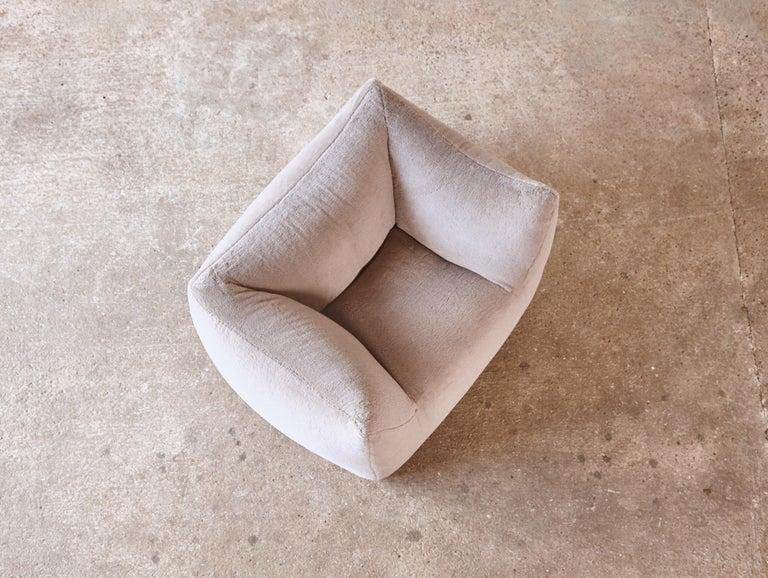Mario Bellini Le Bambole Lounge Chair, Upholstered in Alpaca, B&B Italia, 1970s For Sale 11